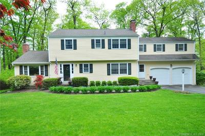 Avon CT Single Family Home For Sale: $435,000