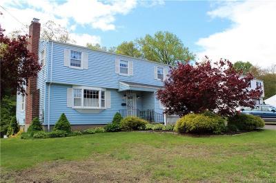 East Hartford Single Family Home For Sale: 53 Pendelton Drive