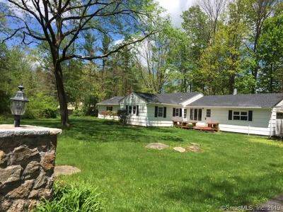 Ridgefield Single Family Home For Sale: 185 Branchville Road
