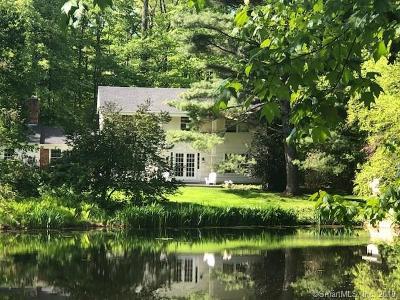 Stamford Single Family Home For Sale: 195 Butternut Lane