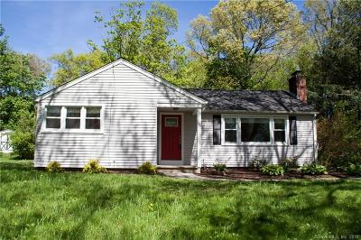 Brookfield Single Family Home For Sale: 9 Alexander Drive