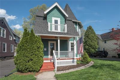 West Hartford Single Family Home For Sale: 204 Raymond Road