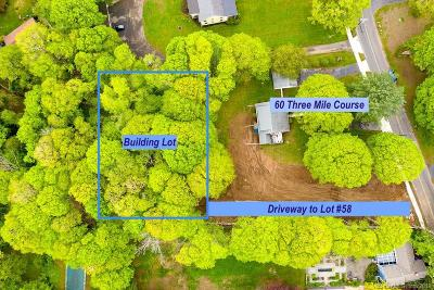 New Haven County Multi Family Home For Sale: 60 3 Mile Course