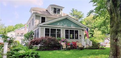 Milford CT Single Family Home For Sale: $525,000