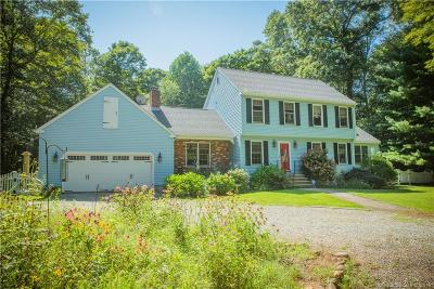 North Branford CT Single Family Home For Sale: $389,000