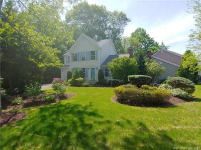 Milford Single Family Home For Sale: 40 Acorn Lane
