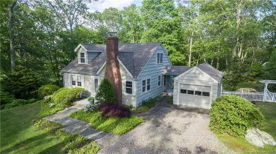 Stonington Single Family Home For Sale: 4 Oakwood Avenue