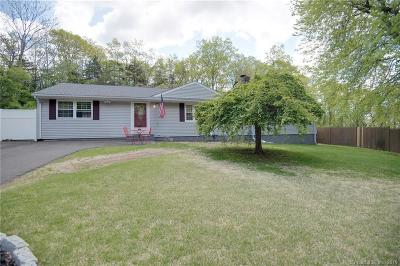 East Haven Single Family Home For Sale: 81 Charnes Drive