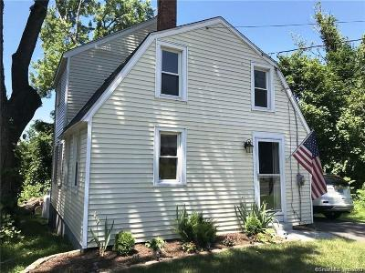 South Windsor Single Family Home For Sale: 1123 Sullivan Avenue
