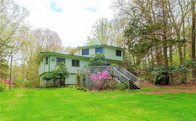 Ledyard Single Family Home For Sale: 25 Coachman Pike