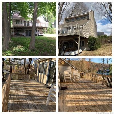Winchester Single Family Home For Sale: 67r East Lake Street