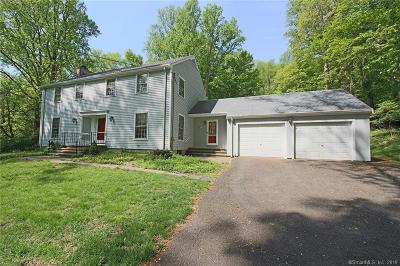 Fairfield Single Family Home For Sale: 243 Hill Brook Lane