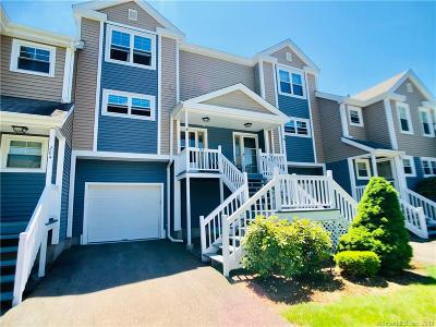 Watertown CT Condo/Townhouse For Sale: $219,900