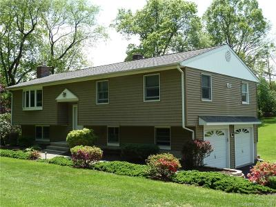 Fairfield County Single Family Home For Sale: 2 Green Pasture Road