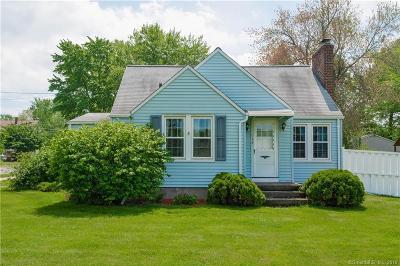 Newington Single Family Home For Sale: 81 Hartford Avenue