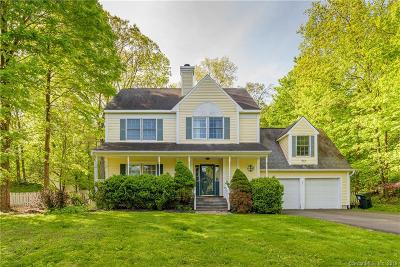 Ridgefield Single Family Home For Sale: 7 Mallory Hill Road