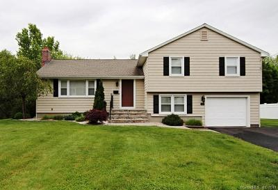 Wethersfield Single Family Home For Sale: 46 Ivy Lane