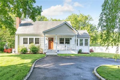 Fairfield Single Family Home For Sale: 33 Westbrook Place