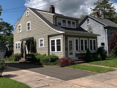 Hamden Single Family Home For Sale: 55 Lake Street