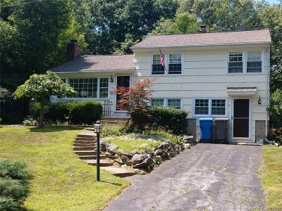 Monroe Single Family Home For Sale: 27 Pine Tree Road