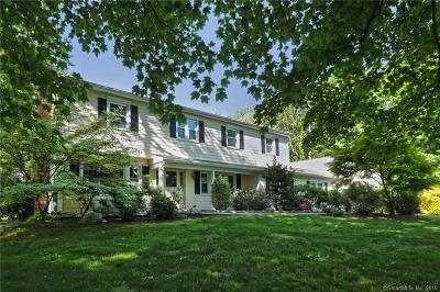 New Haven County Single Family Home For Sale: 680 South Greenbrier Drive