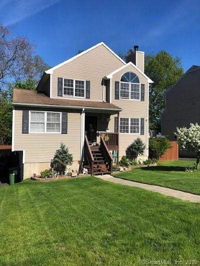Trumbull Single Family Home For Sale: 8 Marshall Avenue