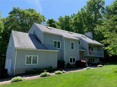 North Branford CT Single Family Home For Sale: $389,999