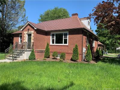 Trumbull Single Family Home For Sale: 1410 Huntington Turnpike