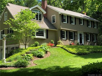 Simsbury Single Family Home For Sale: 10 Flintlock Ridge