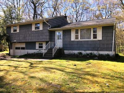 Wolcott Single Family Home For Sale: 905 Spindle Hill Road