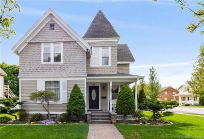 Stonington Single Family Home For Sale: 35 Moss Street
