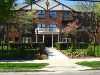 West Hartford Condo/Townhouse For Sale: 45 Highland Street #112
