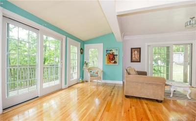 East Haven Single Family Home For Sale: 12 Seneca Trail