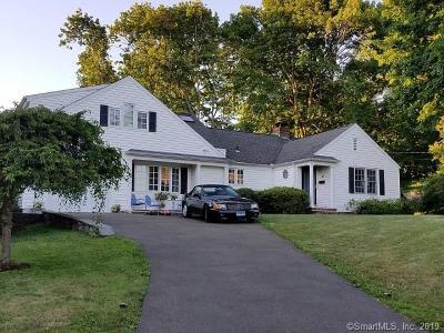 Norwalk Single Family Home For Sale: 13 Staples Court
