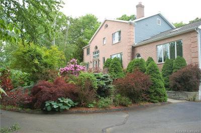 Marlborough Single Family Home For Sale: 26 James Lane