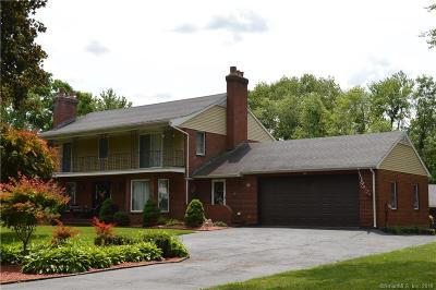 East Hartford Single Family Home For Sale: 145 Harvest Lane