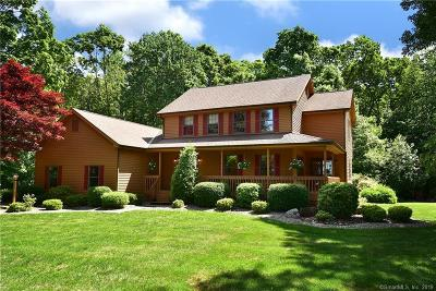 South Windsor Single Family Home For Sale: 44 Bridlewood Road