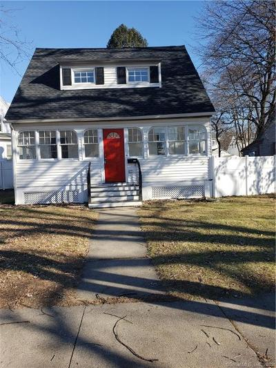 Waterbury Single Family Home For Sale: 3 Sycamore Lane