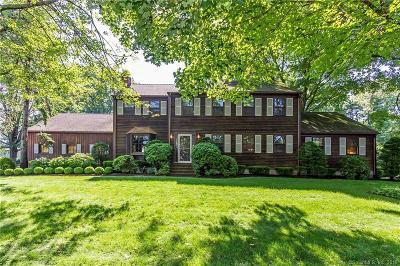 Bridgeport Single Family Home For Sale: 245 Sailors Lane