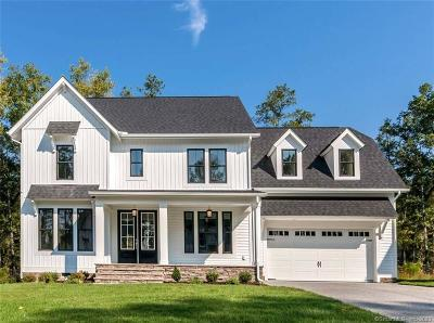 Wilton Single Family Home For Sale: 55 Hickory Hill Road