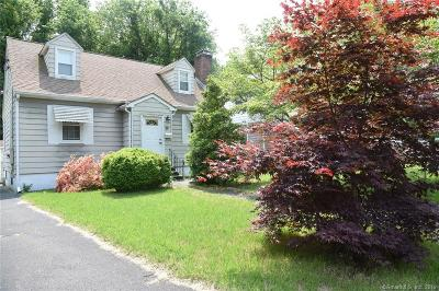Stamford Single Family Home For Sale: 75 Ledge Lane