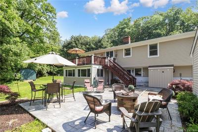 Fairfield County Single Family Home For Sale: 143 Heather Lane