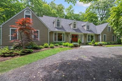 New Haven County Single Family Home For Sale: 25 Inverness Court