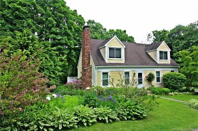 Southbury Single Family Home For Sale: 200 Bucks Hill Road