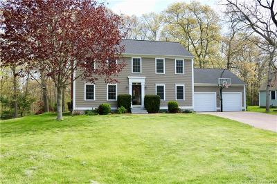 Stonington Single Family Home For Sale: 17 Timber Ridge Road