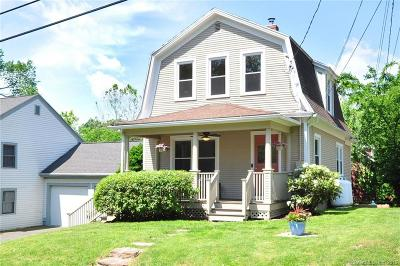 East Granby Single Family Home For Sale: 18 Old Hartford Avenue