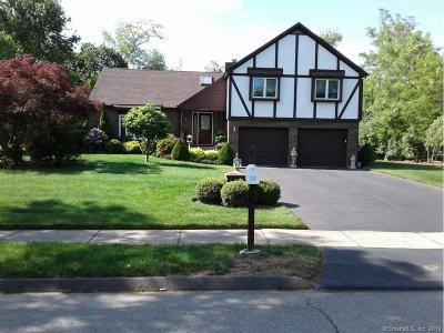 Meriden Single Family Home For Sale: 25 Beth Ann Circle