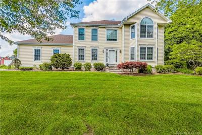 Newington Single Family Home For Sale: 22 Winding Brook Lane