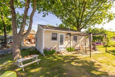 East Hampton Condo/Townhouse For Sale: 1 Day Point Road #14