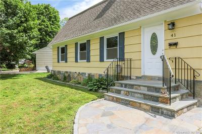 Stamford Single Family Home For Sale: 41 Snow Crystal Lane